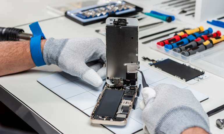Common Cell Phone Repairs: What Should You Expect?