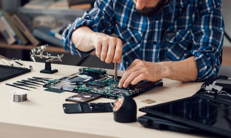 Why Do You Need Best Laptop Repair Services?