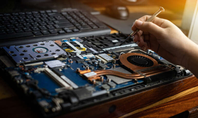 How to know if your laptop requires repairing and where to get the best repair services